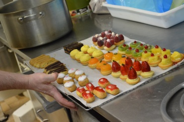 La patisserie takes place on the other side of the kitchen to le tour (mignardises!)